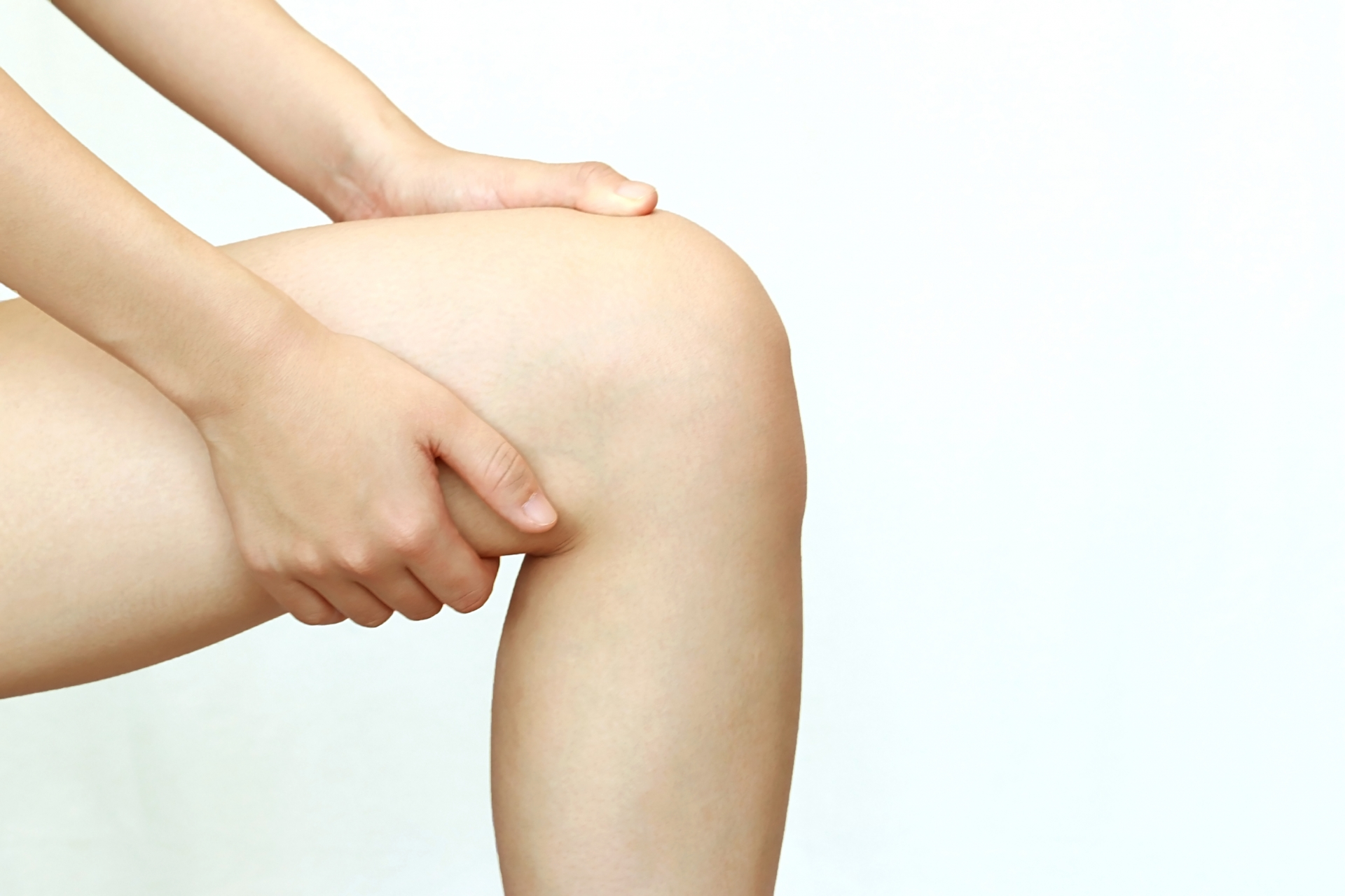 女性の太ももが太いのは筋肉やむくみが原因!細ももの作り方とは