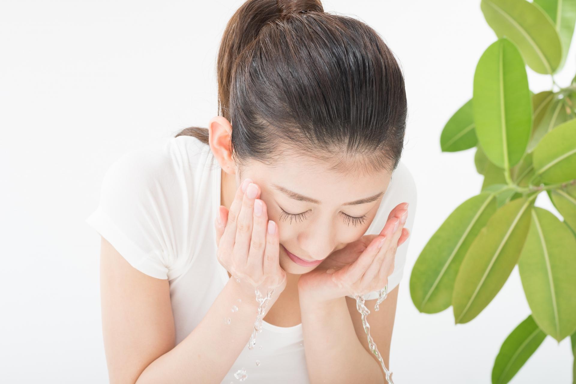 肌が綺麗な人は洗顔方法を知っている!肌が変わる洗顔方法