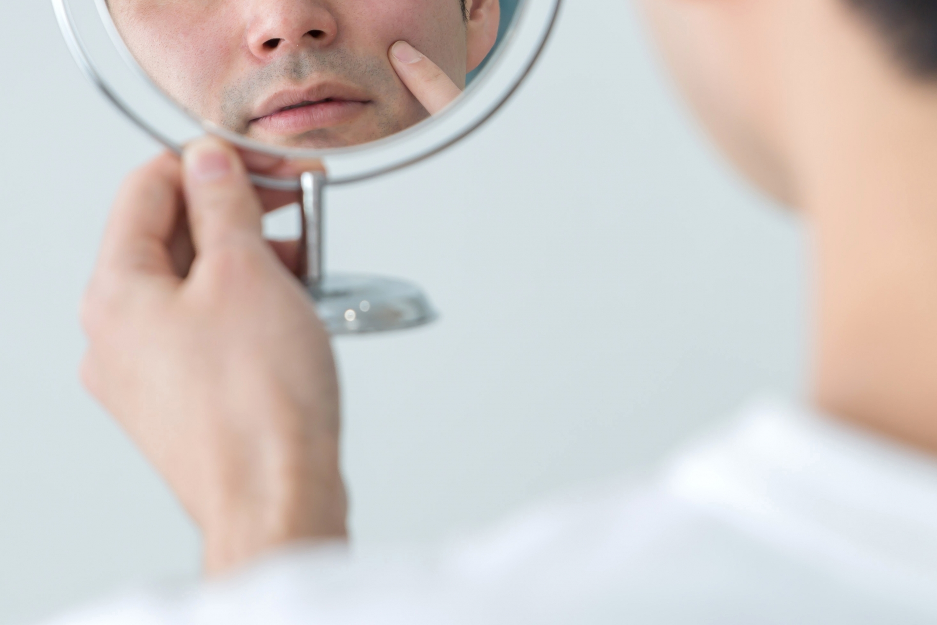 男性は基本的に化粧水はいらない?その理由と化粧水の役割とは