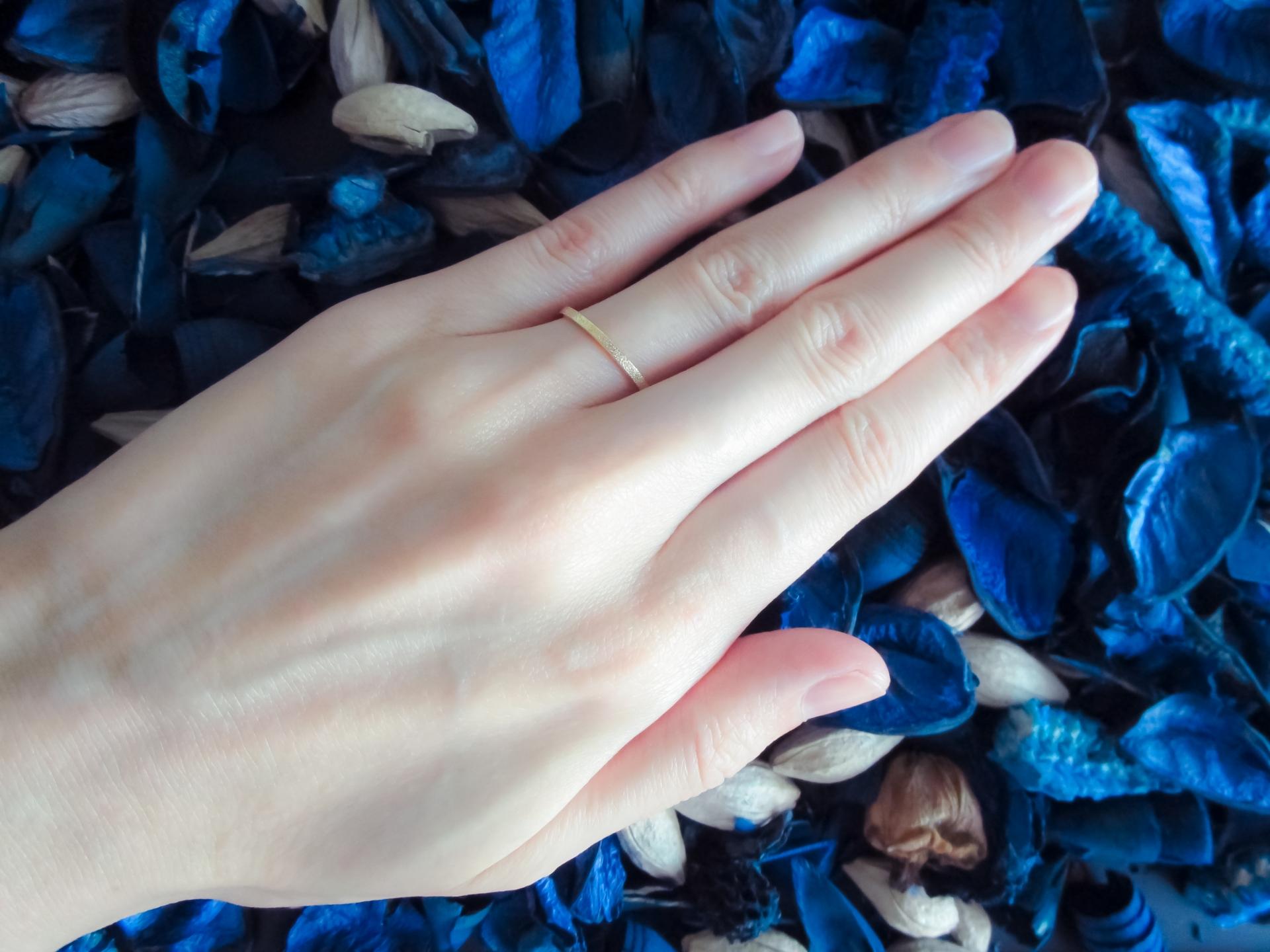 左薬指に指輪を女性がする意味やフリーなのか判断する方法