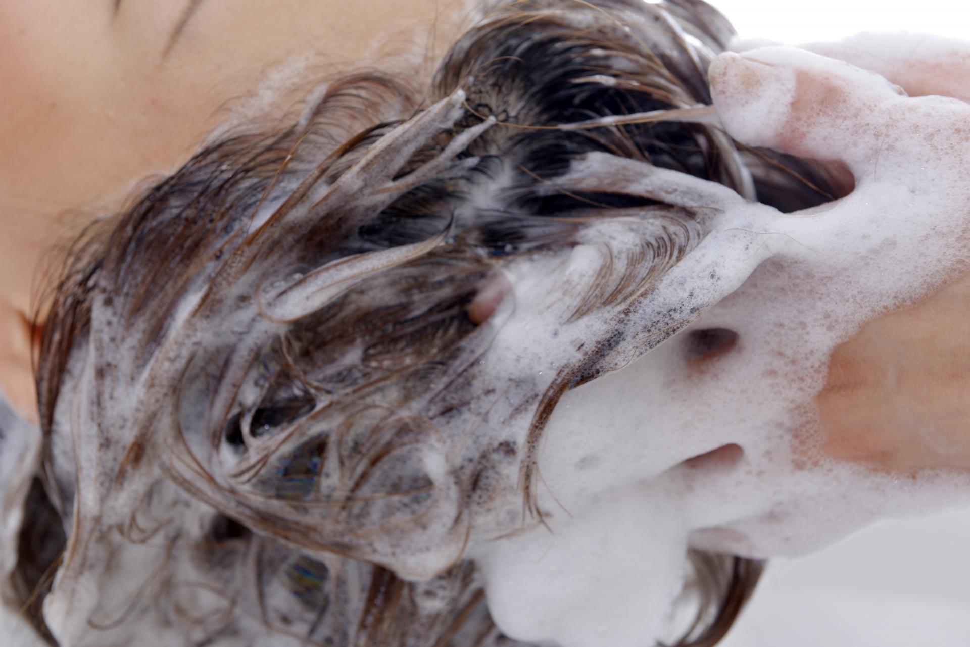 美容師さんに聞いたシャンプーのコツ!自宅でできるシャンプー法