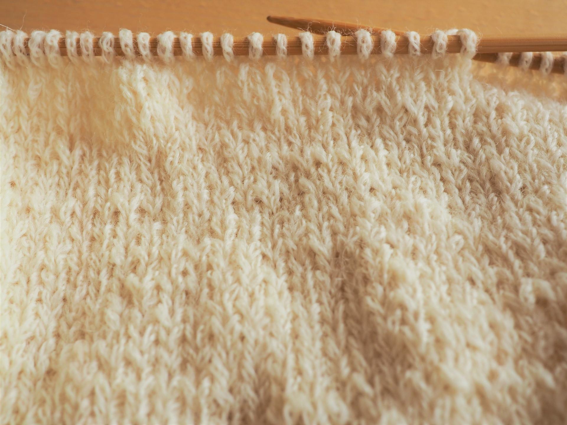 毛糸のマフラーを洗濯する方法や注意点とふわふわに仕上げるコツ