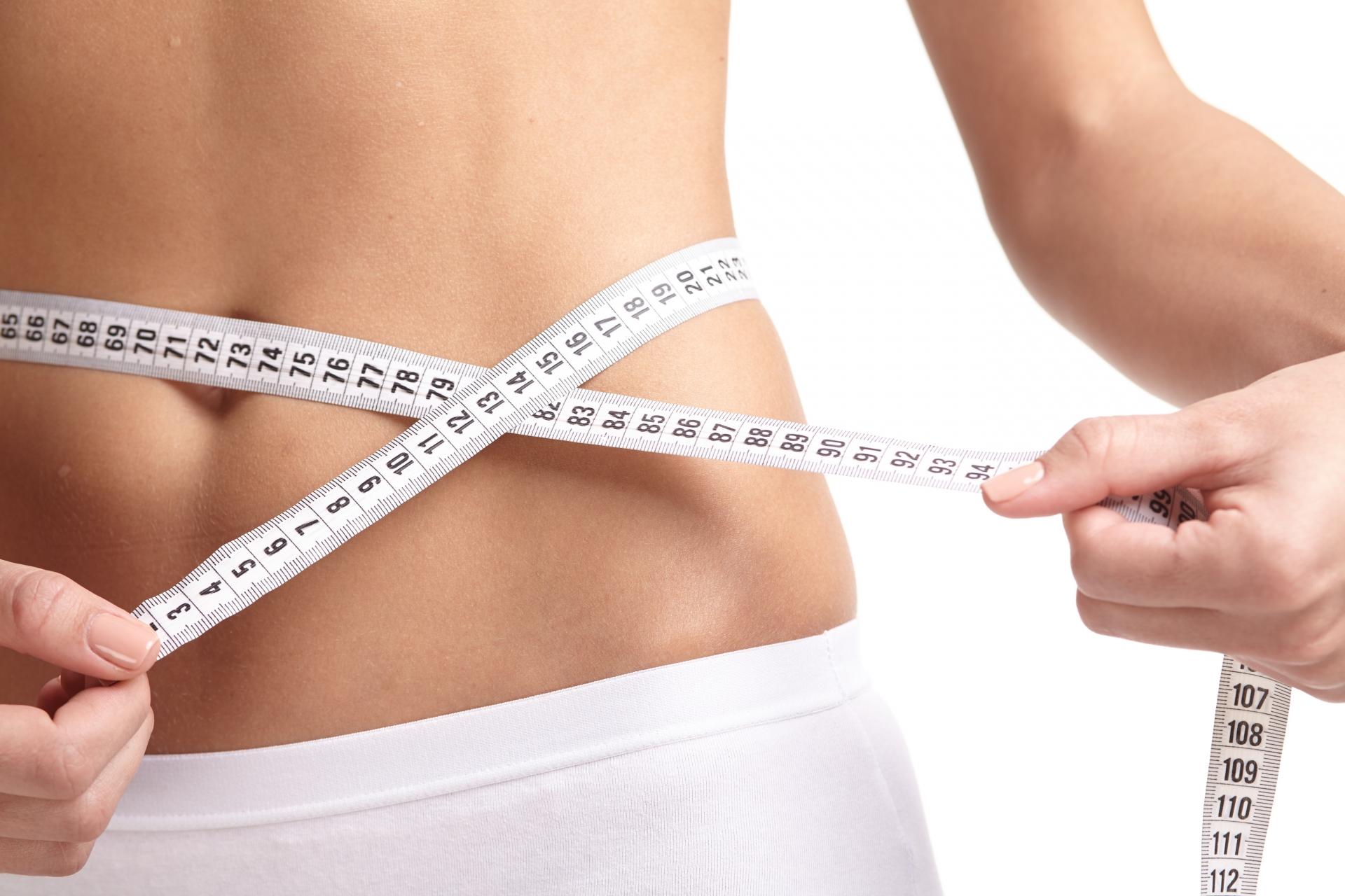 腹筋のやり方の種類や強度を理解して、割れた腹筋を目指そう