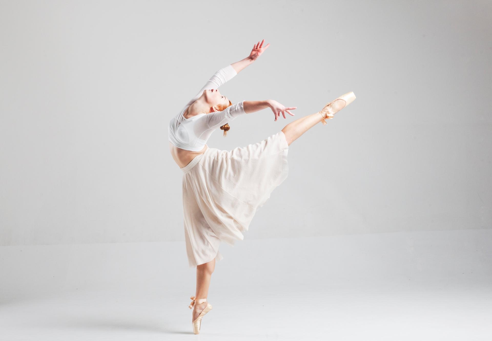 バレエの練習は自宅や自宅以外でも可能!ながら練習もおすすめ